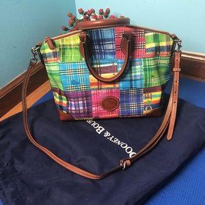 Dooney & bourke muti-color hand bag